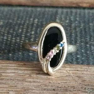 Jewelry - 10KT Gold Onyx Ring